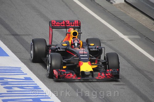 Daniil Kvyat in the Red Bull during Formula One Winter Testing 2016