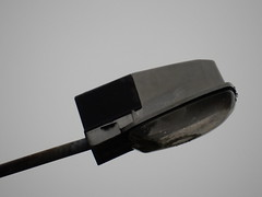 Schrder Z18 armatuur (sander_sloots) Tags: streetlight belgique belgie streetlamp ardennen ardennes lantern z2 lampadaire leuchte eclairagepublic luminaire straatlantaarn lantaarnpaal lichtmast publiclighting z18 septon schreder armatuur openbareverlichting