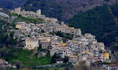 Cleto Cs (Arcieri Saverio) Tags: italy castle landscape nikon castello calabria paesaggio cosenza paese cleto 55300mm d5100