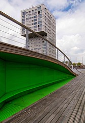 _DSC5902 (durr-architect) Tags: red sea lake green water bench pier boat outdoor architects almere weerwater zuuk