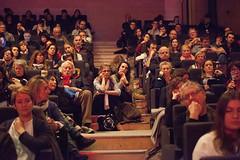 """Le public des Assises - Comment lutter contre les théories du complot ? • <a style=""""font-size:0.8em;"""" href=""""http://www.flickr.com/photos/139959907@N02/25546567152/"""" target=""""_blank"""">View on Flickr</a>"""