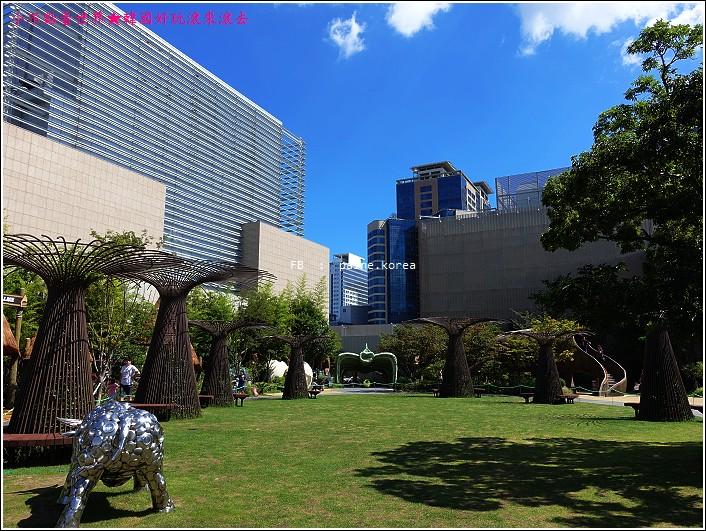 釜山新世界百貨恐龍世界 (20).JPG