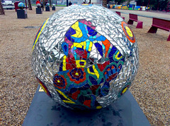 AMSTERDAM - Everybody is colour (LUAL audiovisual) Tags: color art ball museumplein colours arte colores bolas sphere esferas estelas
