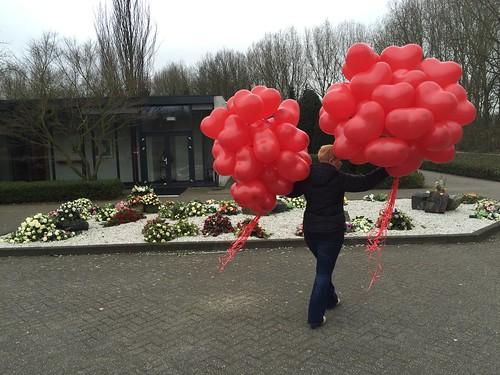 Heliumballonnen Hart uitvaart Crematorium de Ommering Spijkenisse
