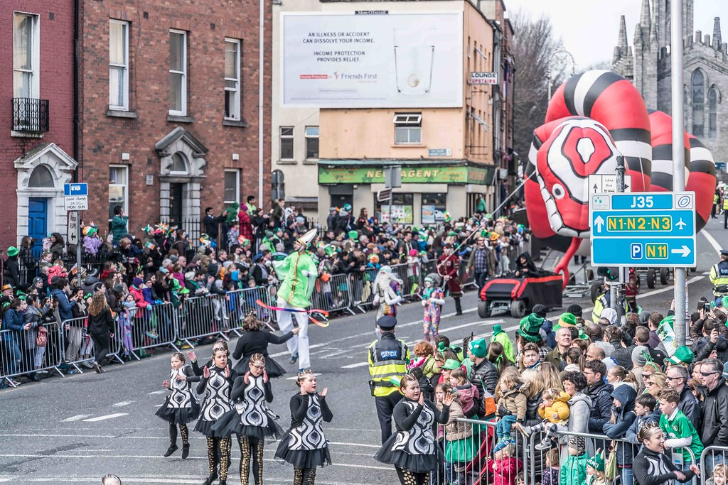 RETURN OF THE SNAKES BY BUI BOLG [SAINT PATRICK'S DAY PARADE]-112695