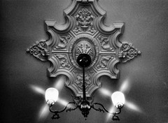 Very Old Chandelier / Le trs vieux lustre (H - - J) Tags: light blackandwhite monochrome noiretblanc antique ceiling chandelier gaslight ayriespirit