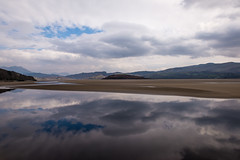 Glass & Sand (macarano) Tags: sea sky reflection statue wales nikon portmeirion nikkor sans f9 2470mm d610