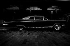 Stable Street Buick Electra 225 (p.g604) Tags: street england bw black london classic car reflections blackwhite buick cross bricks convertible kings american motor lowkey stable electra tyres whitewall 225 facebookcomclassiccarbootsale