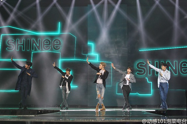 160328 ‎SHINee @ '23rd East Billboard Music Awards' 26100035136_c268b8ab35_z