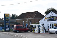 UK, Gosburton Lincolnshire. (EYBusman) Tags: uk station garage gas lincolnshire service petrol gasoline filling petroleum certas eybusman wheelrite gosburton