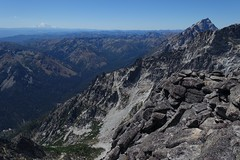On Little Annapurna (Sean Munson) Tags: mountains landscape washington hiking nationalforest mountrainier rainier enchantments alpinelakeswilderness littleannapurna alpinelakeswildernessarea argonautpeak okanoganwenatcheenationalforest
