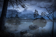 hintersee (Oliver Jerneizig) Tags: longexposure morning schnee winter sunset mountain lake snow mountains berg fog night canon germany landscape bayern deutschland bavaria see nebel oliver berge citylights landschaft allemagne germania duitsland morgens 6d hintersee 2016 canon6d oliverjerneizig jerneizig oliverjerneizigde wwwoliverjerneizigde