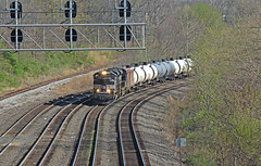 Mighty Oval on the Mighty Keystone: 4 (craigsanders429) Tags: railroadtracks railroadsignals norfolksouthern tankcars norfolksoutherntrains ns1066 nsheritagelocomotives tankertrains nsnewyorkcentralheritageunit