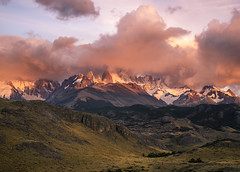 Dreamy (Bereno DMD) Tags: sunset wild cloud patagonia mountain mountains green southamerica nature clouds sunrise saturated glow view cloudy fitzroy vivid naturallight hills andes wilderness mirador alpenglow ourdoors mtfitzroy southernpatagoniaicefields cerrotorro