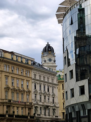 Old and New in Vienna (rochpaul5) Tags: vienna city architecture wein