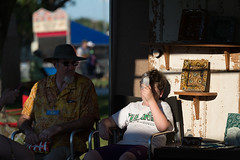 end of the day...! (Scott Saltzman / Barefoot Photography) Tags: waterbottle nicelight jazzfest2016 markderbysson