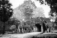 Banteay Kdei temple (pooly7) Tags: old longexposure bw monochrome stone temple cambodia moody time angkorwat tourist angkor templet