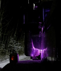 Doin' some lighting... (jr-transport) Tags: light purple led custom 807 kenworth breathers largecar autowerks