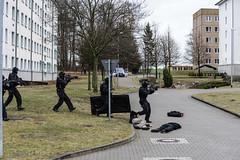 GERMANY-BERLIN-POLICE (X-Andra) Tags: berlin field germany de exercise action president police headquarters german terror anti federal joachim bfe antiterror elitesquad ahrensfelde gauck blumberg bundespolizeiabteilung
