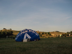 CBR-Ballooning-110126.jpg (mezuni) Tags: aviation australia hobby transportation hotairballoon canberra hobbies activity ballooning act activities passtime oceania australiancapitalterritory balloonaloftcbr