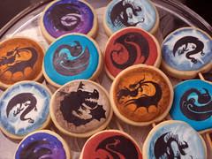 Nos biscoitos os simbolos da classes dos drages. School of Dragons - Como Treinar seu drago (Elaine Russo - Delizie! Arte com Acar) Tags: drago dookies dragoms
