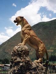 Cougar statue, Urubamba Valley, Peru (Animal People Forum) Tags: sculpture cats art peru latinamerica southamerica animals statue cat feline bigcat puma cougar mountainlion urubambavalley