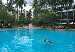 Img507201nx2 (veryamateurish) Tags: singapore shangrilahotel iphone6