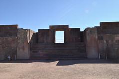 Puerta del Templo de Kalasasaya (Heimlich el sudaca patagónico) Tags: door puerta bolivia tür tiwanaku heimlich kalasasaya