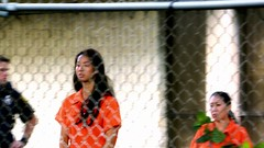 h50503_01743 (UJB88) Tags: county orange women uniform prison jail facility jumpsuit correctional restrained