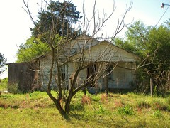 On 301 (2) (Gerry Dincher) Tags: house abandoned empty stpauls northcarolina oldhouse forgotten shack fallingapart abandonedhome leftbehind sharecropper robesoncounty usroute301