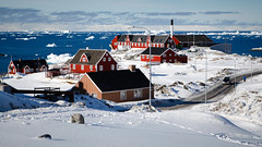 Sunny day in Disko Bay (Lil [Kristen Elsby]) Tags: streetscene arctic greenland iceberg streetscape icebergs arcticcircle travelphotography greenlandic ilulissat icefjord diskobay jakobshavn westgreenland discobay vestgronland canon5dmarkii