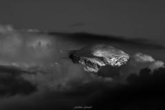Un Soir d't sur le Mont Blanc n3 (N/B) (Frdric Fossard) Tags: nature montagne alpes lumire glacier nuage paysage soir montblanc cime hautesavoie sommet merdenuage massifdumontblanc