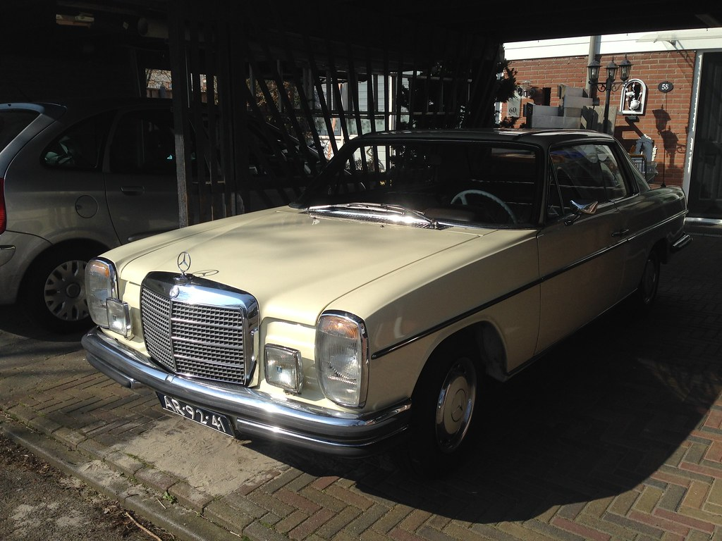 The world 39 s best photos of coupe and w114 flickr hive mind for Mercedes benz 250e