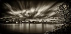 Barnes Railway Bridge (Robert Bilinski) Tags: longexposure bridge bw london canon railway barnes thamesriver nisi 1635mmf4 zomei robbil robertbilinski