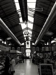 #black&white #colmar #markethall #markthalle #schwarzwei (svenschmider) Tags: black france building public architecture hall blackwhite colmar architektur halle elsass markthalle markethall publicplace schwarzweis