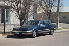 1993 Chrysler New Yorker Fifth Avenue (DVS1mn) Tags: new 5thavenue 1993 ave chrysler avenue 93 5th fifth yorker