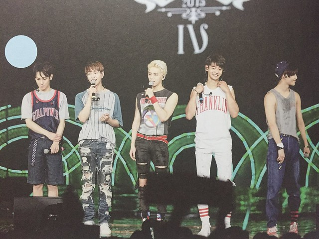 160421 SHINee @ Photobook SHINee World Concert IV 26503596391_4101f9ce20_z