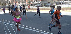 Tutu (hansntareen) Tags: smile happy bra skirt runners waving pinktutu tuttu 2016bostonmarathon