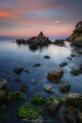 Sublunar (Blai Figueras) Tags: sea sky costa sun moon seascape beach water clouds sunrise reflections landscape coast mar seaside agua rocks flickr stones horizon atmosphere playa paisaje amanecer cielo eden paraiso costabrava rocas