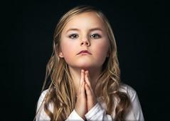 """Beskyddaren"" (Le Pitch Photo) Tags: portrait canon childphotographer childphotography lastolite elinchrom studioshoot"