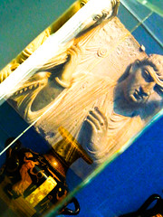 portland35 (jonathan.carroll484) Tags: reflection art glass museum greek ancient greece vase gods