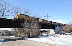 Janesville Bridges (Laurence's Pictures) Tags: railroad chicago wisconsin train pacific muscle union rail railway line northwestern janesville cnw