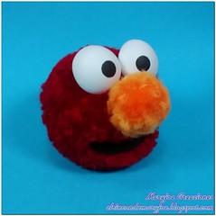 Pompon Barrio Sesamo Elmo con Marca de Agua (maryjoecraft) Tags: bigbird elmo gustavo coco sesamestreet grover cookiemonster kermit pompom caponata pompon barriosesamo monstruodelasgalletas