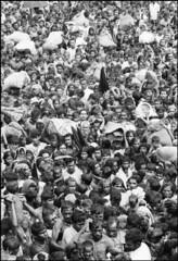 Bengali Refugee Camp in India, 1971 (liberationwarbangladesh.org) Tags: exterior faces refugee crowd foule sack extrieur calcutta viewfromabove accumulation vaccination rfugi entassement indiaall vueplongeante indetout sacdejute asiansouthasianorigin asiatiquedelasiedusud bangladeshwarofindependence bangladaisnationalit bangladeshinationality guerredindpendancedubangladesh