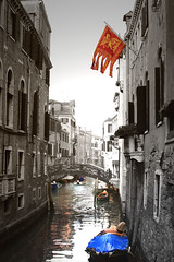 IMG_1337b (William Tagliaferri) Tags: venice italy water italia flag exploring acqua venezia bnw bandiera leonedisanmarco beatifulcity venziaunica