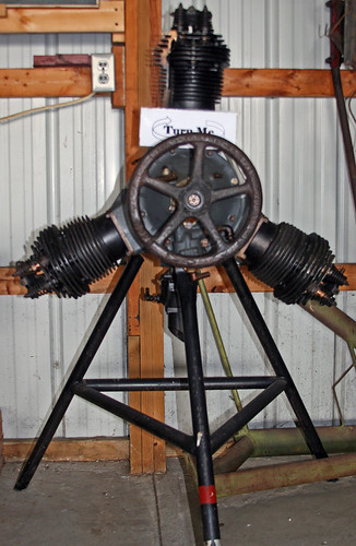 Sekely 3-Cylinder Radial Engine Hands-On Display - a photo