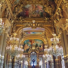 The Paris opera house (-liyen-) Tags: cameraphone paris france art beauty painting gold interior symmetry mobilephone winner chandeliers opulent parisoperahouse matchpoint grandchampion t496 samsungs4