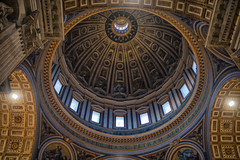 The Mighty St. Peter's Basilica (frankps) Tags: light vatican rome roma church downtown basilica stpetersbasilica saintpetersbasilica peterskirken vatikanet