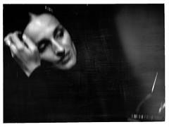 O medo mora comigo (P. Correia) Tags: blur 2006 fado amáliarodrigues beckum pcorreia júlioresende zorancoach10 patríciaandrade