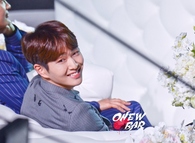 160328 Onew @ '23rd East Billboard Music Awards' 25557014934_5c106530d9_z